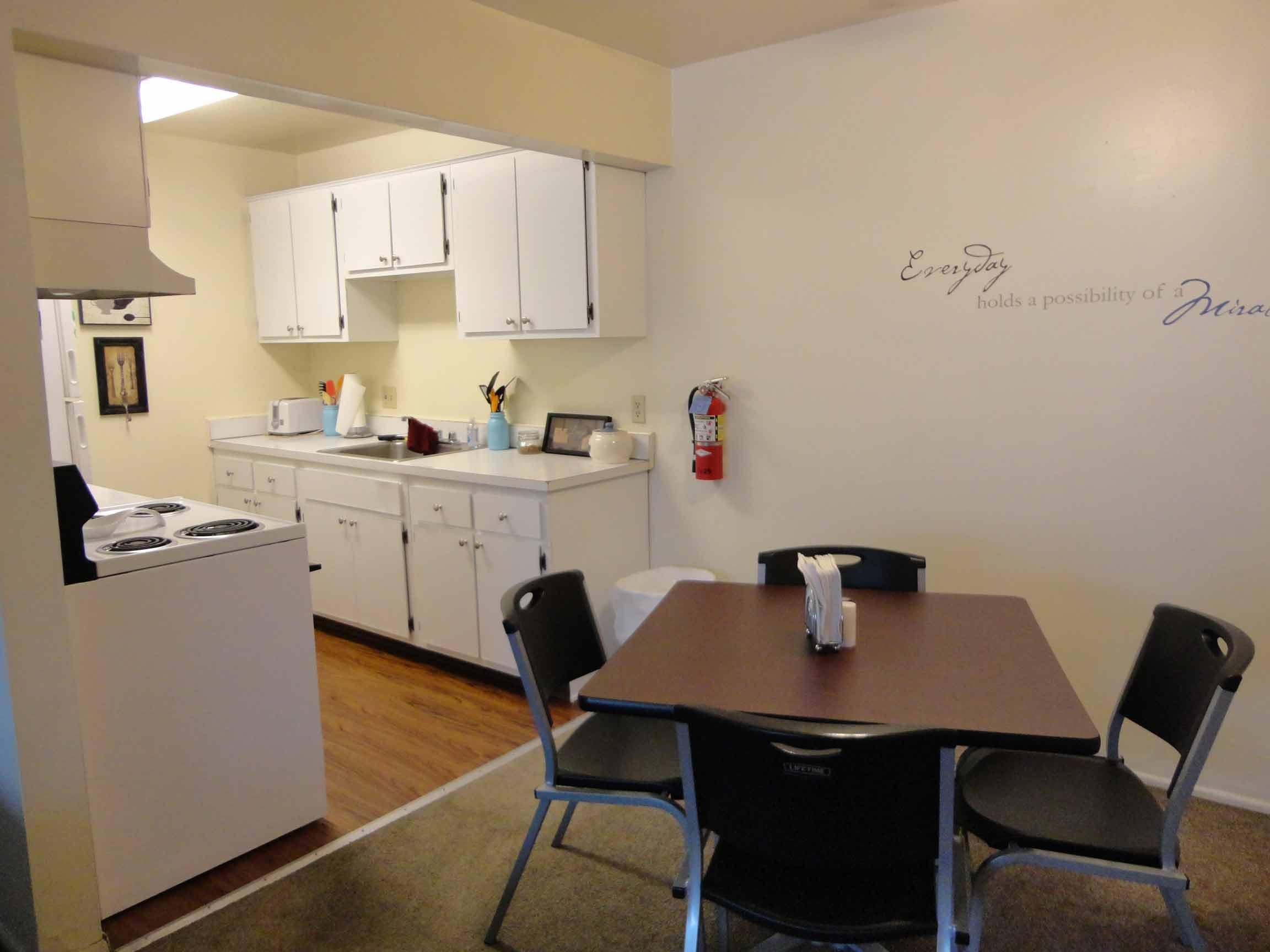 Kitchen-&-DR
